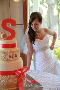 bridal wedding cakr